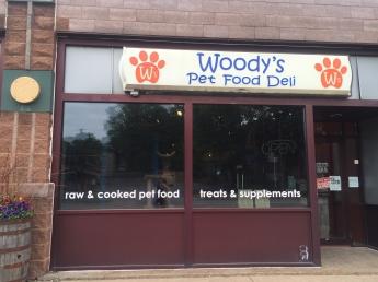 WoodysDeli